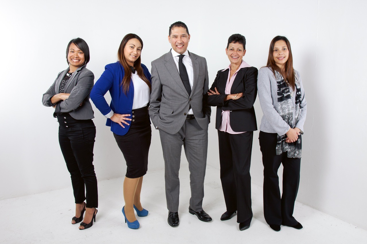 group-people-young-corporate-office-professional-868210-pxhere.com_.jpg